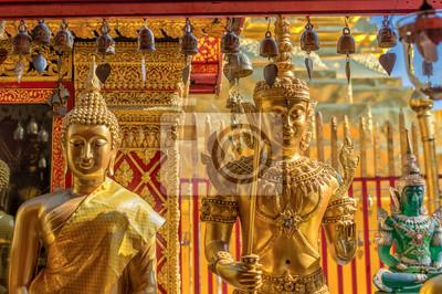 Постер Таиланд Деталь от храма Ват Прахат дой Сутхеп в Чианг-Май. Этот буддийский храм основан в 1383-самый известный в Чиангмай.Таиланд<br>Постер на холсте или бумаге. Любого нужного вам размера. В раме или без. Подвес в комплекте. Трехслойная надежная упаковка. Доставим в любую точку России. Вам осталось только повесить картину на стену!<br>