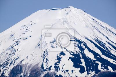Постер Гора Фудзияма Вблизи вершины горы Фудзи от озера Кавагутико, ЯпонияГора Фудзияма<br>Постер на холсте или бумаге. Любого нужного вам размера. В раме или без. Подвес в комплекте. Трехслойная надежная упаковка. Доставим в любую точку России. Вам осталось только повесить картину на стену!<br>