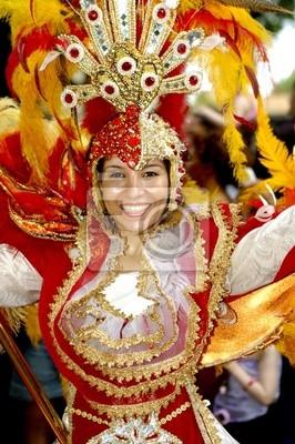 Постер Праздники Танцовщица de carnaval, 20x30 см, на бумагеКарнавал в Рио-де-Жанейро<br>Постер на холсте или бумаге. Любого нужного вам размера. В раме или без. Подвес в комплекте. Трехслойная надежная упаковка. Доставим в любую точку России. Вам осталось только повесить картину на стену!<br>