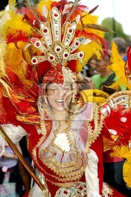 Постер Карнавал в Рио-де-Жанейро Танцовщица de carnavalКарнавал в Рио-де-Жанейро<br>Постер на холсте или бумаге. Любого нужного вам размера. В раме или без. Подвес в комплекте. Трехслойная надежная упаковка. Доставим в любую точку России. Вам осталось только повесить картину на стену!<br>