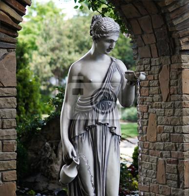 Постер Анапа Деталь фонтана, скульптура греческой богини АфродитыАнапа<br>Постер на холсте или бумаге. Любого нужного вам размера. В раме или без. Подвес в комплекте. Трехслойная надежная упаковка. Доставим в любую точку России. Вам осталось только повесить картину на стену!<br>