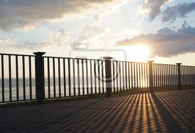 Красивый закат на скалистом побережье Черного моря. Город Ана, 29x20 см, на бумагеАнапа<br>Постер на холсте или бумаге. Любого нужного вам размера. В раме или без. Подвес в комплекте. Трехслойная надежная упаковка. Доставим в любую точку России. Вам осталось только повесить картину на стену!<br>
