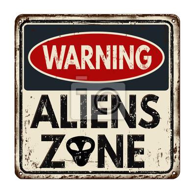 Постер-картина Смешные таблички Предупреждение инопланетян зону старинные металлический знакСмешные таблички<br>Постер на холсте или бумаге. Любого нужного вам размера. В раме или без. Подвес в комплекте. Трехслойная надежная упаковка. Доставим в любую точку России. Вам осталось только повесить картину на стену!<br>