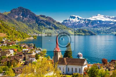 Постер Швейцария Знаменитые катера на берегу озера Люцерн в Веггисе, ШвейцарияШвейцария<br>Постер на холсте или бумаге. Любого нужного вам размера. В раме или без. Подвес в комплекте. Трехслойная надежная упаковка. Доставим в любую точку России. Вам осталось только повесить картину на стену!<br>