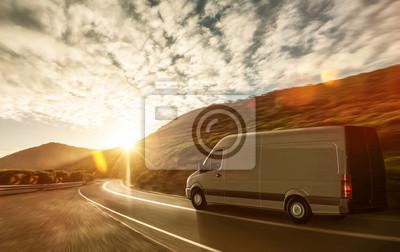Lieferwagen ауф им Ландштрассе Sonnenuntergang, 32x20 см, на бумагеГрузоперевозки, логистика<br>Постер на холсте или бумаге. Любого нужного вам размера. В раме или без. Подвес в комплекте. Трехслойная надежная упаковка. Доставим в любую точку России. Вам осталось только повесить картину на стену!<br>