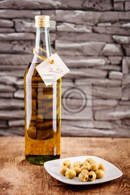 Постер Еда и напитки Постер 133137006, 20x30 см, на бумагеОливковое масло<br>Постер на холсте или бумаге. Любого нужного вам размера. В раме или без. Подвес в комплекте. Трехслойная надежная упаковка. Доставим в любую точку России. Вам осталось только повесить картину на стену!<br>