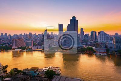 Город Бангкок с видом на реку Чаопрайя., 30x20 см, на бумагеБангкок<br>Постер на холсте или бумаге. Любого нужного вам размера. В раме или без. Подвес в комплекте. Трехслойная надежная упаковка. Доставим в любую точку России. Вам осталось только повесить картину на стену!<br>