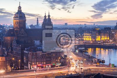 Час пик Амстердам на вечер, 30x20 см, на бумагеАмстердам<br>Постер на холсте или бумаге. Любого нужного вам размера. В раме или без. Подвес в комплекте. Трехслойная надежная упаковка. Доставим в любую точку России. Вам осталось только повесить картину на стену!<br>