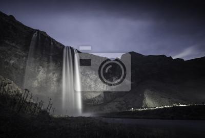 Постер Ночь Исландия ЛедникиНочь<br>Постер на холсте или бумаге. Любого нужного вам размера. В раме или без. Подвес в комплекте. Трехслойная надежная упаковка. Доставим в любую точку России. Вам осталось только повесить картину на стену!<br>