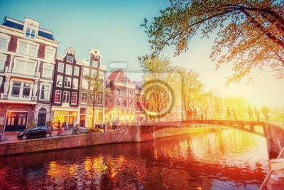 Постер Амстердам Постер 137395343, 30x20 см, на бумагеАмстердам<br>Постер на холсте или бумаге. Любого нужного вам размера. В раме или без. Подвес в комплекте. Трехслойная надежная упаковка. Доставим в любую точку России. Вам осталось только повесить картину на стену!<br>
