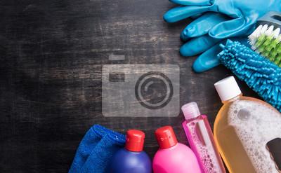 Чистящие средства и инструменты на деревянный пол,чистящие концепции, 32x20 см, на бумагеКлининг<br>Постер на холсте или бумаге. Любого нужного вам размера. В раме или без. Подвес в комплекте. Трехслойная надежная упаковка. Доставим в любую точку России. Вам осталось только повесить картину на стену!<br>