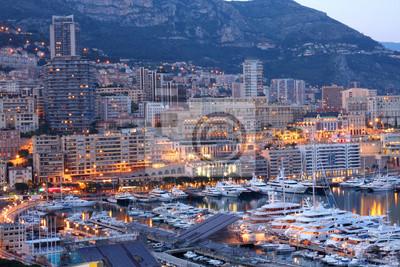 Постер Монако Монако ночьюМонако<br>Постер на холсте или бумаге. Любого нужного вам размера. В раме или без. Подвес в комплекте. Трехслойная надежная упаковка. Доставим в любую точку России. Вам осталось только повесить картину на стену!<br>