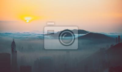 Постер Туман Туманный Город Гонконга в весенний периодТуман<br>Постер на холсте или бумаге. Любого нужного вам размера. В раме или без. Подвес в комплекте. Трехслойная надежная упаковка. Доставим в любую точку России. Вам осталось только повесить картину на стену!<br>