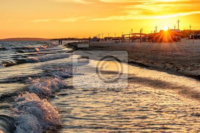 Красивый живописный пейзаж песчаный пляж в Анапе курорта Анапа на побережье Черного моря с волнами для серфинга и людей на берегу. Летом побережье закат пейзаж, 30x20 см, на бумагеАнапа<br>Постер на холсте или бумаге. Любого нужного вам размера. В раме или без. Подвес в комплекте. Трехслойная надежная упаковка. Доставим в любую точку России. Вам осталось только повесить картину на стену!<br>