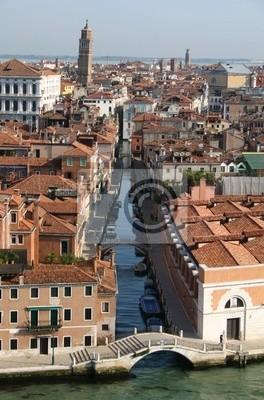 Постер Венеция Торри в ВенецииВенеция<br>Постер на холсте или бумаге. Любого нужного вам размера. В раме или без. Подвес в комплекте. Трехслойная надежная упаковка. Доставим в любую точку России. Вам осталось только повесить картину на стену!<br>