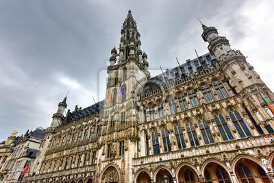 Постер Города и карты Гран-Плас - Брюссель, Бельгия, 30x20 см, на бумагеБрюссель<br>Постер на холсте или бумаге. Любого нужного вам размера. В раме или без. Подвес в комплекте. Трехслойная надежная упаковка. Доставим в любую точку России. Вам осталось только повесить картину на стену!<br>