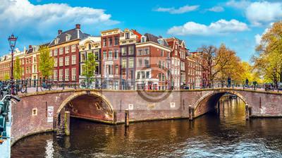 Постер Амстердам Постер 160982054, 36x20 см, на бумагеАмстердам<br>Постер на холсте или бумаге. Любого нужного вам размера. В раме или без. Подвес в комплекте. Трехслойная надежная упаковка. Доставим в любую точку России. Вам осталось только повесить картину на стену!<br>