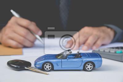 Страхование автомобиля и концепцию автомобиля. Бизнес-концепция. Концепции страхования автомобиля., 30x20 см, на бумагеМойка автомобилей<br>Постер на холсте или бумаге. Любого нужного вам размера. В раме или без. Подвес в комплекте. Трехслойная надежная упаковка. Доставим в любую точку России. Вам осталось только повесить картину на стену!<br>