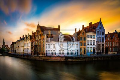 Красивый вид Брюгге (Брюгге) старый исторический город в Бельгии, 30x20 см, на бумагеБрюгге<br>Постер на холсте или бумаге. Любого нужного вам размера. В раме или без. Подвес в комплекте. Трехслойная надежная упаковка. Доставим в любую точку России. Вам осталось только повесить картину на стену!<br>