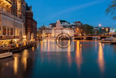 Город живописный из Амстердама в Нидерландах, 30x20 см, на бумагеАмстердам<br>Постер на холсте или бумаге. Любого нужного вам размера. В раме или без. Подвес в комплекте. Трехслойная надежная упаковка. Доставим в любую точку России. Вам осталось только повесить картину на стену!<br>