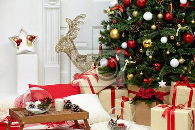 Новогодняя елка в комнате около камина, новогоднее настроение с подарками, 30x20 см, на бумаге12.31 Новый Год<br>Постер на холсте или бумаге. Любого нужного вам размера. В раме или без. Подвес в комплекте. Трехслойная надежная упаковка. Доставим в любую точку России. Вам осталось только повесить картину на стену!<br>