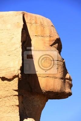 Постер Архитектура Великая античная скульптура египетского Сфинкса и пирамиды, 20x30 см, на бумагеСфинксы<br>Постер на холсте или бумаге. Любого нужного вам размера. В раме или без. Подвес в комплекте. Трехслойная надежная упаковка. Доставим в любую точку России. Вам осталось только повесить картину на стену!<br>