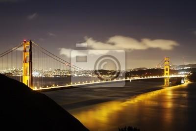 Постер Сан-Франциско Золотые ВоротаСан-Франциско<br>Постер на холсте или бумаге. Любого нужного вам размера. В раме или без. Подвес в комплекте. Трехслойная надежная упаковка. Доставим в любую точку России. Вам осталось только повесить картину на стену!<br>