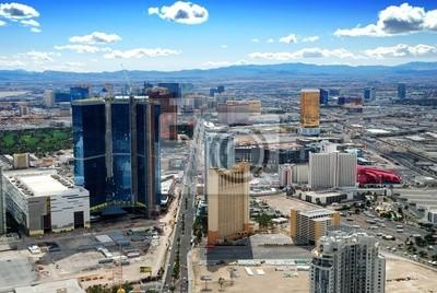 Постер Лас-Вегас Las Vegas ГоризонтЛас-Вегас<br>Постер на холсте или бумаге. Любого нужного вам размера. В раме или без. Подвес в комплекте. Трехслойная надежная упаковка. Доставим в любую точку России. Вам осталось только повесить картину на стену!<br>