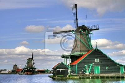 Постер Амстердам Голландская деревняАмстердам<br>Постер на холсте или бумаге. Любого нужного вам размера. В раме или без. Подвес в комплекте. Трехслойная надежная упаковка. Доставим в любую точку России. Вам осталось только повесить картину на стену!<br>