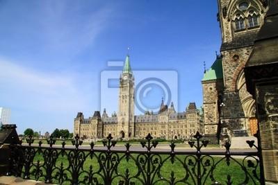 Постер Оттава Канада Историческом Здании ПарламентаОттава<br>Постер на холсте или бумаге. Любого нужного вам размера. В раме или без. Подвес в комплекте. Трехслойная надежная упаковка. Доставим в любую точку России. Вам осталось только повесить картину на стену!<br>