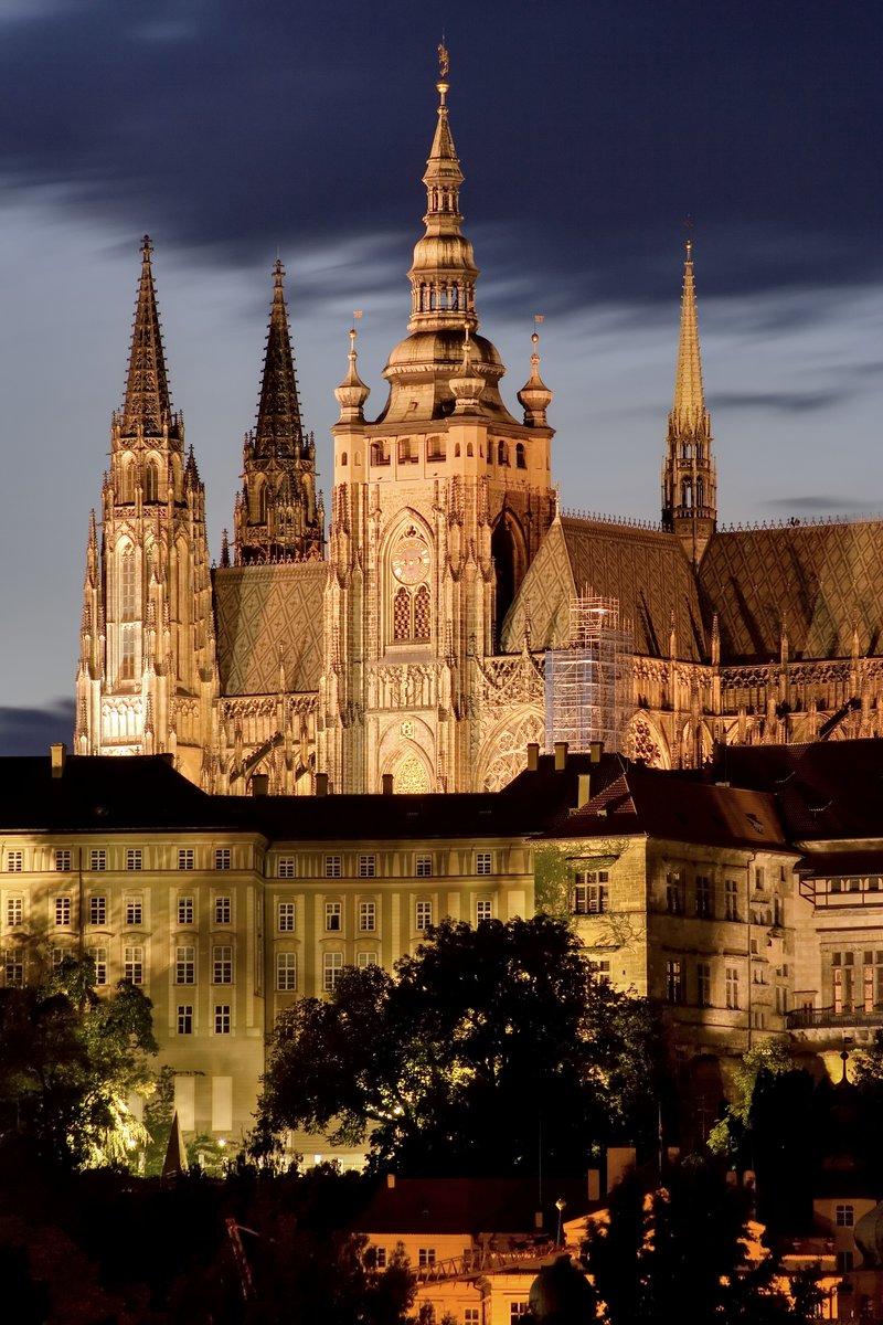 Постер Прага Прага de nocheПрага<br>Постер на холсте или бумаге. Любого нужного вам размера. В раме или без. Подвес в комплекте. Трехслойная надежная упаковка. Доставим в любую точку России. Вам осталось только повесить картину на стену!<br>