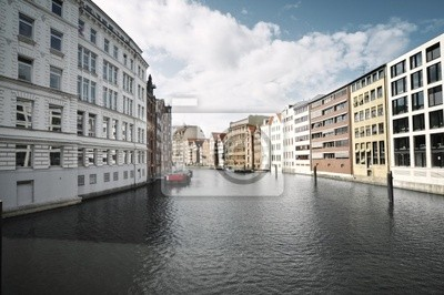 Постер Гамбург Street view от Гамбург, ГерманияГамбург<br>Постер на холсте или бумаге. Любого нужного вам размера. В раме или без. Подвес в комплекте. Трехслойная надежная упаковка. Доставим в любую точку России. Вам осталось только повесить картину на стену!<br>
