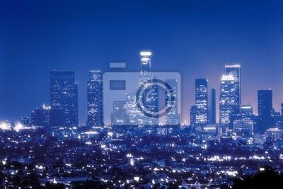 Постер Лос-Анджелес Лос-Анджелес skyline ночьюЛос-Анджелес<br>Постер на холсте или бумаге. Любого нужного вам размера. В раме или без. Подвес в комплекте. Трехслойная надежная упаковка. Доставим в любую точку России. Вам осталось только повесить картину на стену!<br>