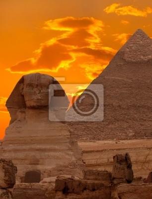 Постер Архитектура Постер 26494894-771, 20x26 см, на бумагеЕгипетские пирамиды<br>Постер на холсте или бумаге. Любого нужного вам размера. В раме или без. Подвес в комплекте. Трехслойная надежная упаковка. Доставим в любую точку России. Вам осталось только повесить картину на стену!<br>