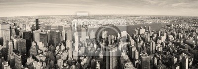 Постер Нью-Йорк Нью-Йорк Манхэттен панорама с высоты птичьего полетаНью-Йорк<br>Постер на холсте или бумаге. Любого нужного вам размера. В раме или без. Подвес в комплекте. Трехслойная надежная упаковка. Доставим в любую точку России. Вам осталось только повесить картину на стену!<br>