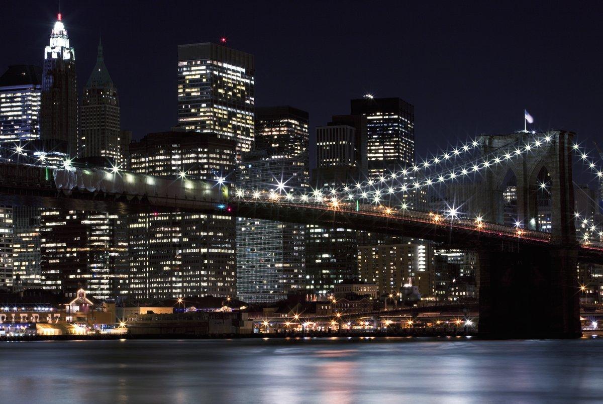 Постер Нью-Йорк Бруклинский МостНью-Йорк<br>Постер на холсте или бумаге. Любого нужного вам размера. В раме или без. Подвес в комплекте. Трехслойная надежная упаковка. Доставим в любую точку России. Вам осталось только повесить картину на стену!<br>