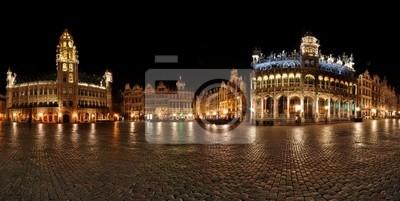 Постер Брюссель Ночная панорама-Гранд-Плас,Grote Markt Брюссель, БельгияБрюссель<br>Постер на холсте или бумаге. Любого нужного вам размера. В раме или без. Подвес в комплекте. Трехслойная надежная упаковка. Доставим в любую точку России. Вам осталось только повесить картину на стену!<br>