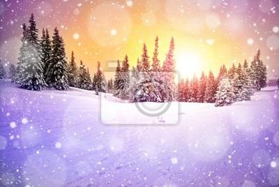 Постер Зима Величественный закат зимой горы пейзажЗима<br>Постер на холсте или бумаге. Любого нужного вам размера. В раме или без. Подвес в комплекте. Трехслойная надежная упаковка. Доставим в любую точку России. Вам осталось только повесить картину на стену!<br>