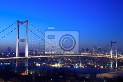 Постер Стамбул Босфорский МостСтамбул<br>Постер на холсте или бумаге. Любого нужного вам размера. В раме или без. Подвес в комплекте. Трехслойная надежная упаковка. Доставим в любую точку России. Вам осталось только повесить картину на стену!<br>