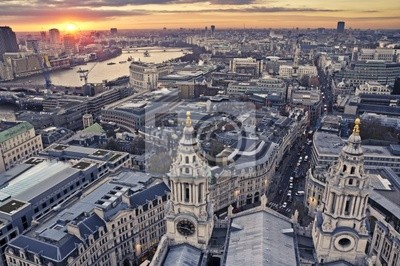Постер Лондон Город ЛондонЛондон<br>Постер на холсте или бумаге. Любого нужного вам размера. В раме или без. Подвес в комплекте. Трехслойная надежная упаковка. Доставим в любую точку России. Вам осталось только повесить картину на стену!<br>