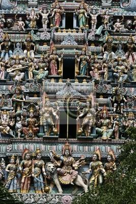 Постер Сингапур Колоритный Индийский ХрамСингапур<br>Постер на холсте или бумаге. Любого нужного вам размера. В раме или без. Подвес в комплекте. Трехслойная надежная упаковка. Доставим в любую точку России. Вам осталось только повесить картину на стену!<br>