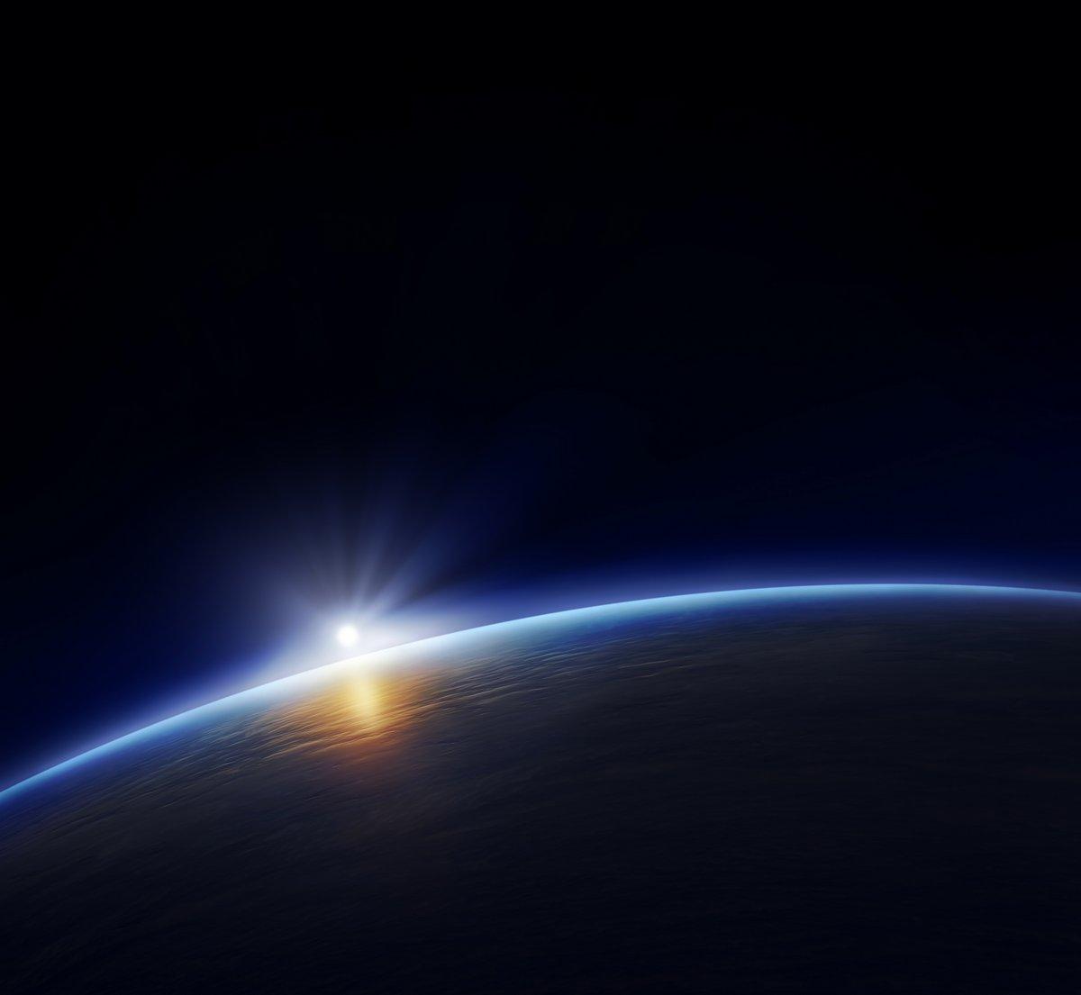 Постер Восходы Планета земля с восходящего солнцаВосходы<br>Постер на холсте или бумаге. Любого нужного вам размера. В раме или без. Подвес в комплекте. Трехслойная надежная упаковка. Доставим в любую точку России. Вам осталось только повесить картину на стену!<br>