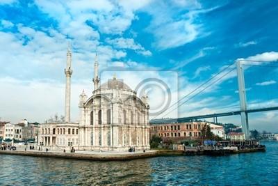 Постер Стамбул Мечеть Ортакей и мост Босфор, Стамбул, Турция.Стамбул<br>Постер на холсте или бумаге. Любого нужного вам размера. В раме или без. Подвес в комплекте. Трехслойная надежная упаковка. Доставим в любую точку России. Вам осталось только повесить картину на стену!<br>
