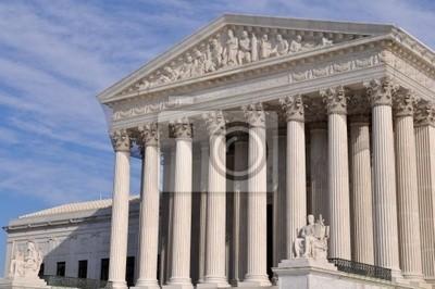 Постер Вашингтон НАМ Здание Верховного Суда в ВашингтонеВашингтон<br>Постер на холсте или бумаге. Любого нужного вам размера. В раме или без. Подвес в комплекте. Трехслойная надежная упаковка. Доставим в любую точку России. Вам осталось только повесить картину на стену!<br>