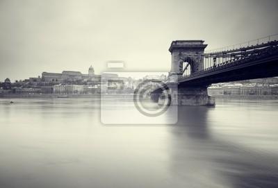 Постер Будапешт Мрачные зимние изображения венгерских памятников,Будапешт<br>Постер на холсте или бумаге. Любого нужного вам размера. В раме или без. Подвес в комплекте. Трехслойная надежная упаковка. Доставим в любую точку России. Вам осталось только повесить картину на стену!<br>