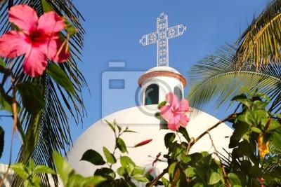 Постер Мехико Плайя-дель-Кармен белой мексиканской церкви арки колокольняМехико<br>Постер на холсте или бумаге. Любого нужного вам размера. В раме или без. Подвес в комплекте. Трехслойная надежная упаковка. Доставим в любую точку России. Вам осталось только повесить картину на стену!<br>