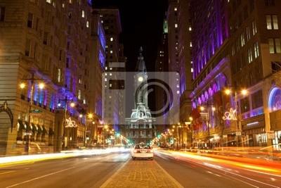 Постер Города и карты Филадельфия улицам ночью, 30x20 см, на бумагеФиладельфия<br>Постер на холсте или бумаге. Любого нужного вам размера. В раме или без. Подвес в комплекте. Трехслойная надежная упаковка. Доставим в любую точку России. Вам осталось только повесить картину на стену!<br>