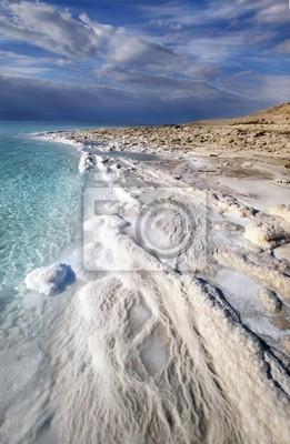 Постер Пейзаж песчаный Вид на Мертвое Море береговой линииПейзаж песчаный<br>Постер на холсте или бумаге. Любого нужного вам размера. В раме или без. Подвес в комплекте. Трехслойная надежная упаковка. Доставим в любую точку России. Вам осталось только повесить картину на стену!<br>