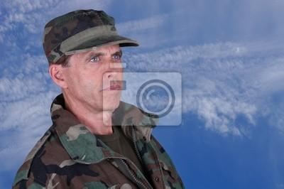 Постер Праздники Солдатом-Ветераном, Уставившись, 30x20 см, на бумаге05.28 День пограничника<br>Постер на холсте или бумаге. Любого нужного вам размера. В раме или без. Подвес в комплекте. Трехслойная надежная упаковка. Доставим в любую точку России. Вам осталось только повесить картину на стену!<br>