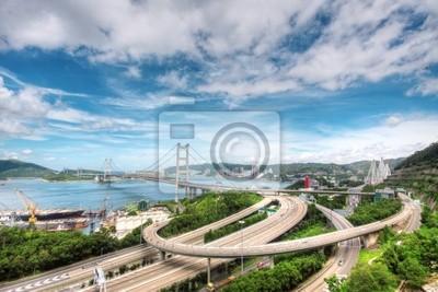 Постер Гонконг Tsing Ma Мост в Гонконге, 30x20 см, на бумагеГонконг<br>Постер на холсте или бумаге. Любого нужного вам размера. В раме или без. Подвес в комплекте. Трехслойная надежная упаковка. Доставим в любую точку России. Вам осталось только повесить картину на стену!<br>